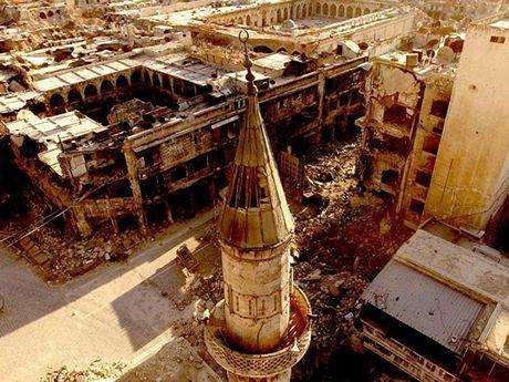 Ngung ban va keu goi quan noi day rut khoi Aleppo - Anh 1
