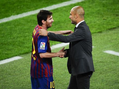 Pep Guardiola choi don tam ly chien voi Messi - Anh 1