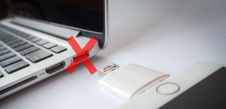 Apple co the khai tu cong USB - Anh 1
