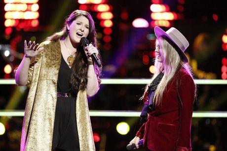 Doi Miley Cyrus lam chu cuoc choi The Voice - Anh 1