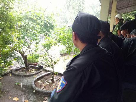 Dua thi the 3 phi cong tu nan trong vu may bay roi ve TP.HCM - Anh 13