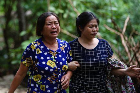 Dua thi the 3 phi cong tu nan trong vu may bay roi ve TP.HCM - Anh 33