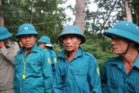 Dua thi the 3 phi cong tu nan trong vu may bay roi ve TP.HCM - Anh 3