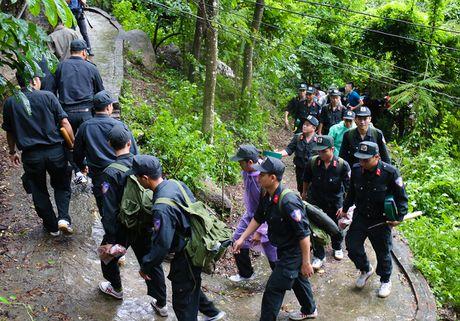 30 gio bang rung tim may bay truc thang roi o Ba Ria - Anh 4