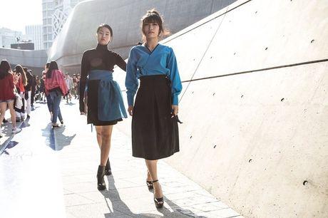 Di Seoul Fashion Week, hoc street style the gioi - Anh 7