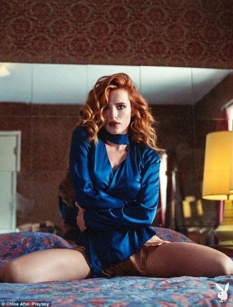 'Cong chua Disney' Bella Thorne ho bao tren tap chi Playboy - Anh 4