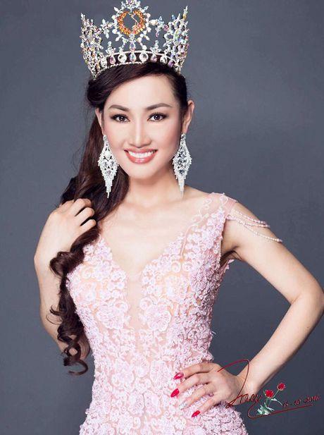 Tracy Hang Nguyen dai dien Viet Nam du thi Mrs World 2016 - Anh 2