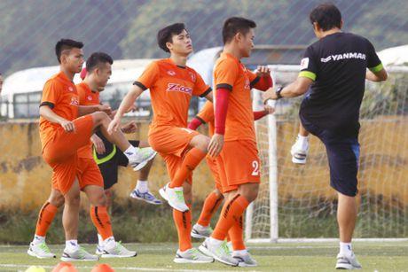 Tuyen Viet Nam nong long so tai FC Seoul - Anh 1
