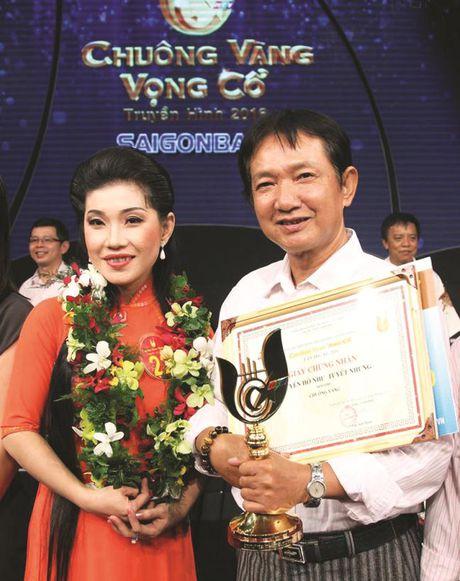 Chuong vang vong co 2016 Nguyen Ho Nhu Tuyet Nhung Toi luon mang theo hanh trang ba me cho - Anh 2