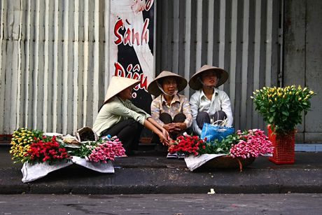 Ve dep nguoi phu nu Viet Nam cung chiec non la - Anh 9