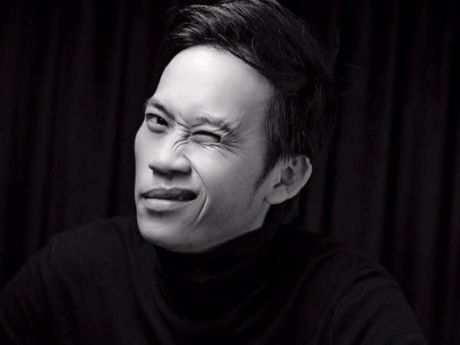 Danh hai Hoai Linh tro thanh chu nhan nut 'Play bac' cua Youtube - Anh 1