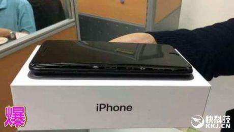 IPhone 7 ngay cang tai tieng, loi chong loi - Anh 4