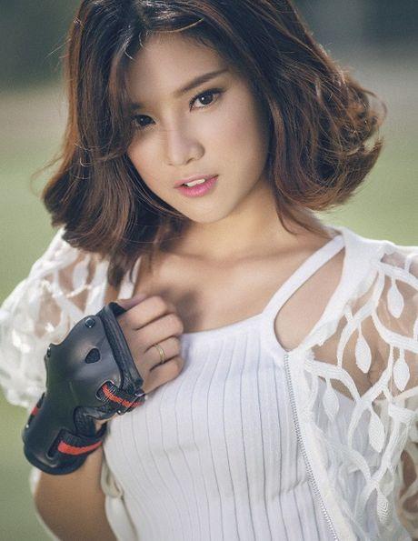 Bat ngo voi so tien hang chuc my nhan Viet ung ho mien Trung - Anh 10