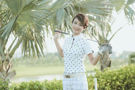 Choang voi so thich choi golf ton kem cua nu MC dai VTV - Anh 3