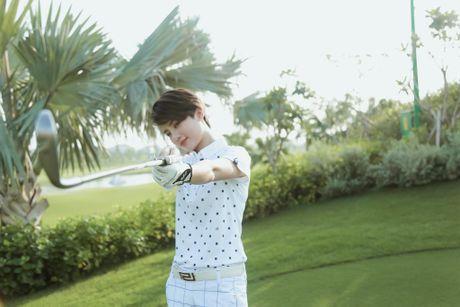 Choang voi so thich choi golf ton kem cua nu MC dai VTV - Anh 4