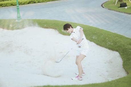 Choang voi so thich choi golf ton kem cua nu MC dai VTV - Anh 8