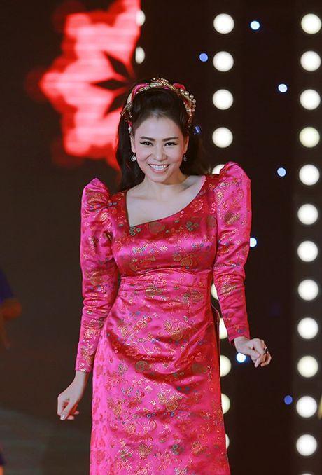 Loat vay ao khien gu dang cap cua Thu Minh di xuong - Anh 8