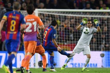 5 diem nhan sau tran Barcelona - Manchester City: Messi bung no, Bravo mac sai lam dien ro - Anh 1