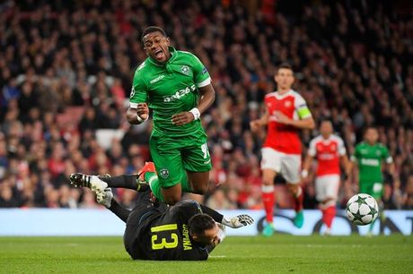 5 diem nhan sau tran Arsenal - Ludogorets: Oezil lap hat-trick, Phao thu thang dam - Anh 2