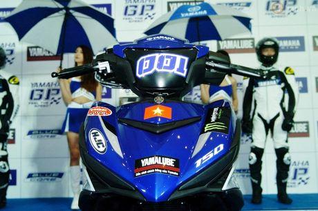 Soi 'xe dua' Exciter 150 chinh hang cua Yamaha Viet Nam - Anh 2