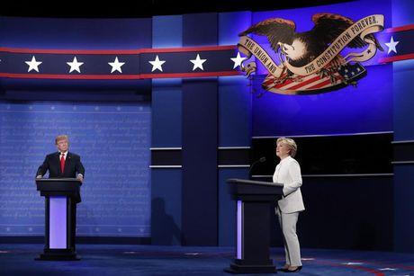 Tranh luan Clinton-Trump: ong Donnald thua ca ba keo - Anh 1
