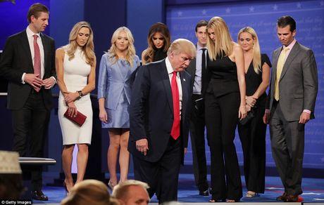 'Ke khoc, nguoi cuoi' sau cuoc tranh luan Clinton-Trump vong 3 - Anh 12