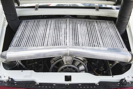 Sieu xe dua 'sieu hiem' Porsche 911 GT2 Evo gia 39 ty - Anh 5