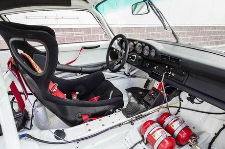 Sieu xe dua 'sieu hiem' Porsche 911 GT2 Evo gia 39 ty - Anh 6