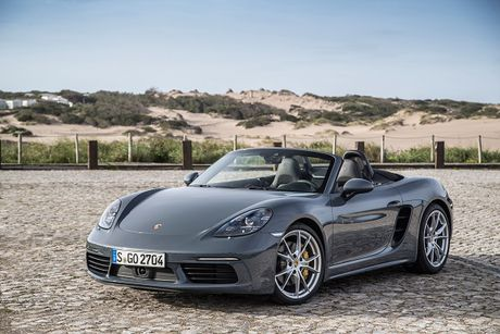 9 thang, Porsche ban hon 178.000 xe tren toan cau - Anh 1