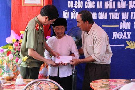 Thieu tuong Pham Van Mien - TBT Bao Cong an Nhan dan: Chung toi luon no luc de ngay cang tao dung niem tin tu ban doc - Anh 2