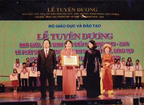 Gap co hieu truong tien phong phat trien chuong trinh nha truong - Anh 4