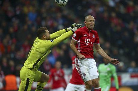 Ozil lap hat-trick, Arsenal ha guc Ludogorets - Anh 5