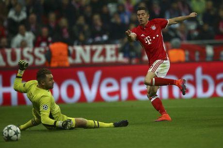Ozil lap hat-trick, Arsenal ha guc Ludogorets - Anh 6