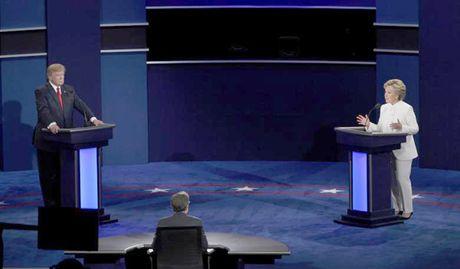 """Van de sung dan """"nong"""" trong tranh luan cuoi Trump-Clinton - Anh 1"""