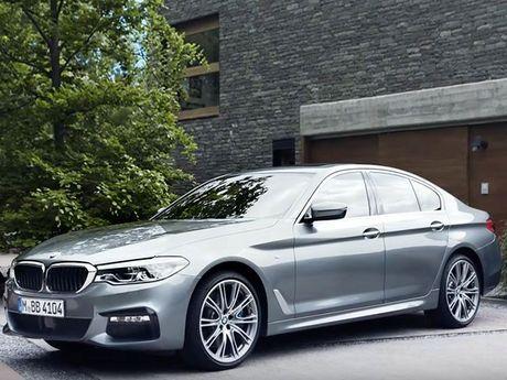 Kham pha them ve BMW 5 Series Sedan – mau xe the thao the he moi - Anh 1