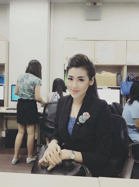 My nhan showbiz Viet nhan qua gi ngay 20/10? - Anh 8