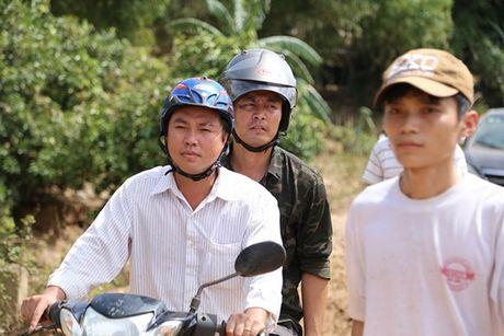 Tin giai tri ngay 20/10: Phan Anh di xe may; Hari Won nhan nho livestream - Anh 2