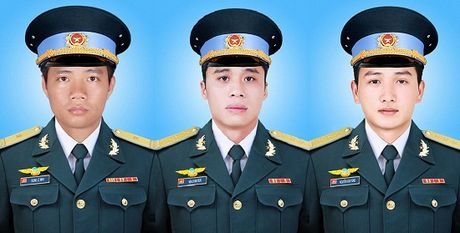 May bay roi o Ba Ria-Vung Tau: Truy thang quan ham cho 3 phi cong - Anh 1