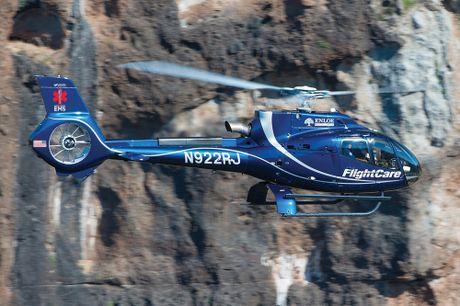 Truc thang EC130 T2 cua Airbus: Ngua tho nganh du lich, y te - Anh 2