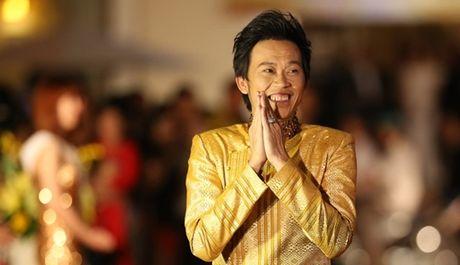 NSUT Hoai Linh dat nut bac sau mot nam lap 'nha rieng' tren Youtube - Anh 1