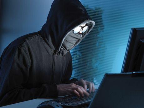 Sec bat mot hacker Nga vi tinh nghi tan cong mang My - Anh 1