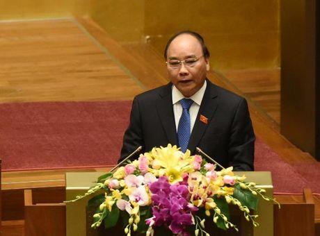 Thu tuong Nguyen Xuan Phuc: Hon 100.000 doanh nghiep thanh lap moi va hoat dong tro lai - Anh 1