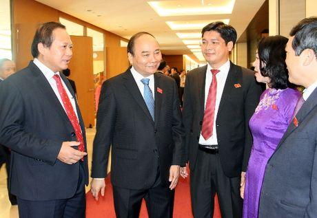 Thu tuong Nguyen Xuan Phuc: Hon 100.000 doanh nghiep thanh lap moi va hoat dong tro lai - Anh 2