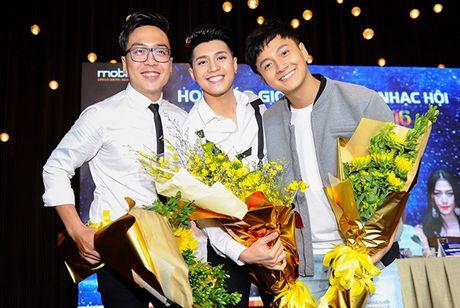 Noo Phuoc Thinh lam liveshow sau khi tham gia Asia Song Festival 2016 - Anh 2