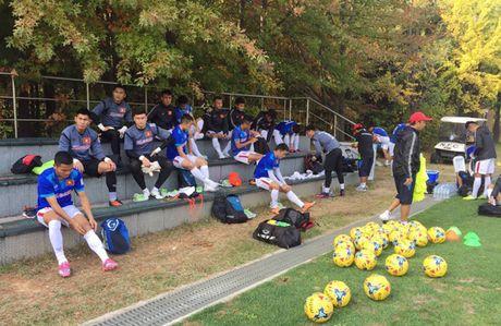 Tuyen Viet Nam thang FC Seoul 3-0, Van Quyet lap cu dup - Anh 2