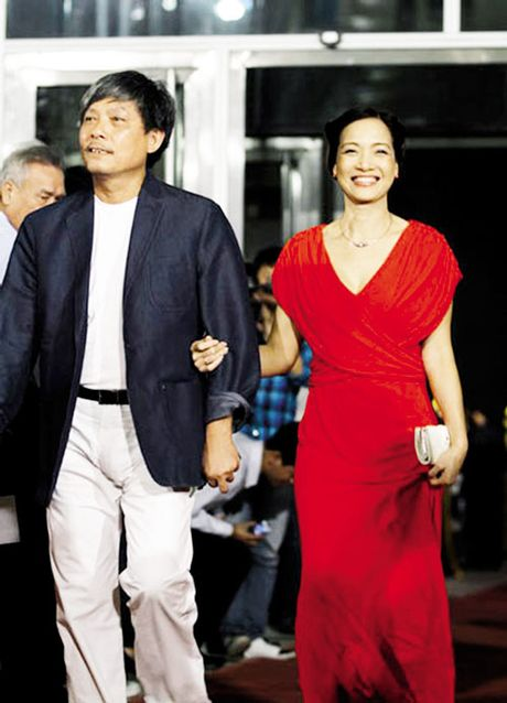 NSND Le Khanh ke chuyen bi mat 'san bat tinh yeu' voi dao dien Pham Viet Thanh - Anh 5
