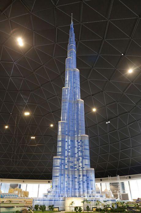 Dubai dung mo hinh toa thap cao nhat the gioi tu lego - Anh 1