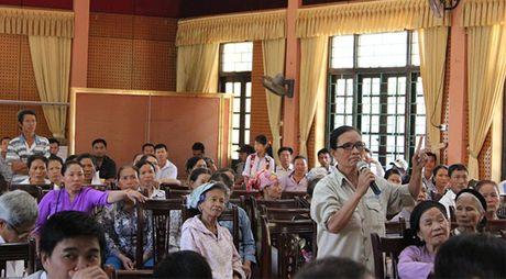 Doi thoai voi nguoi dan ve du an xu ly chat thai tai nui Thoong - Anh 3