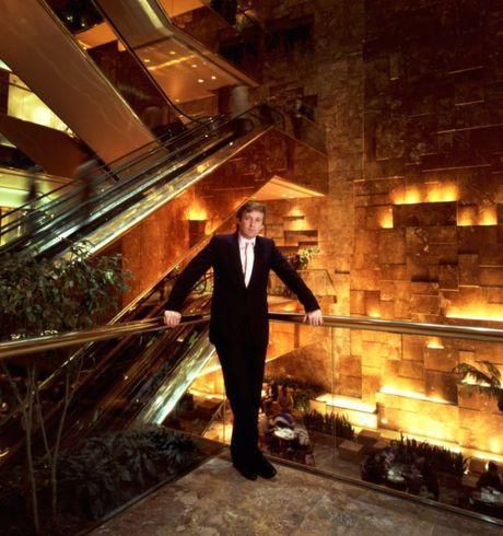 Cau chuyen dang sau nhung buc anh bieu tuong cua Donald Trump - Anh 2