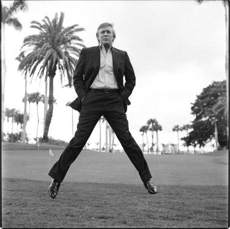 Cau chuyen dang sau nhung buc anh bieu tuong cua Donald Trump - Anh 4
